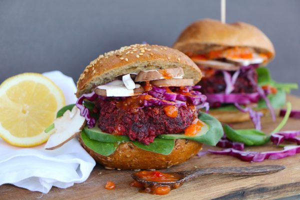 Rote-Beete-Burger von Adaeze Wolf