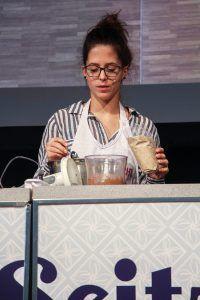 Fabienne auf der Seitz-glutenfrei-Bühne in Aktion