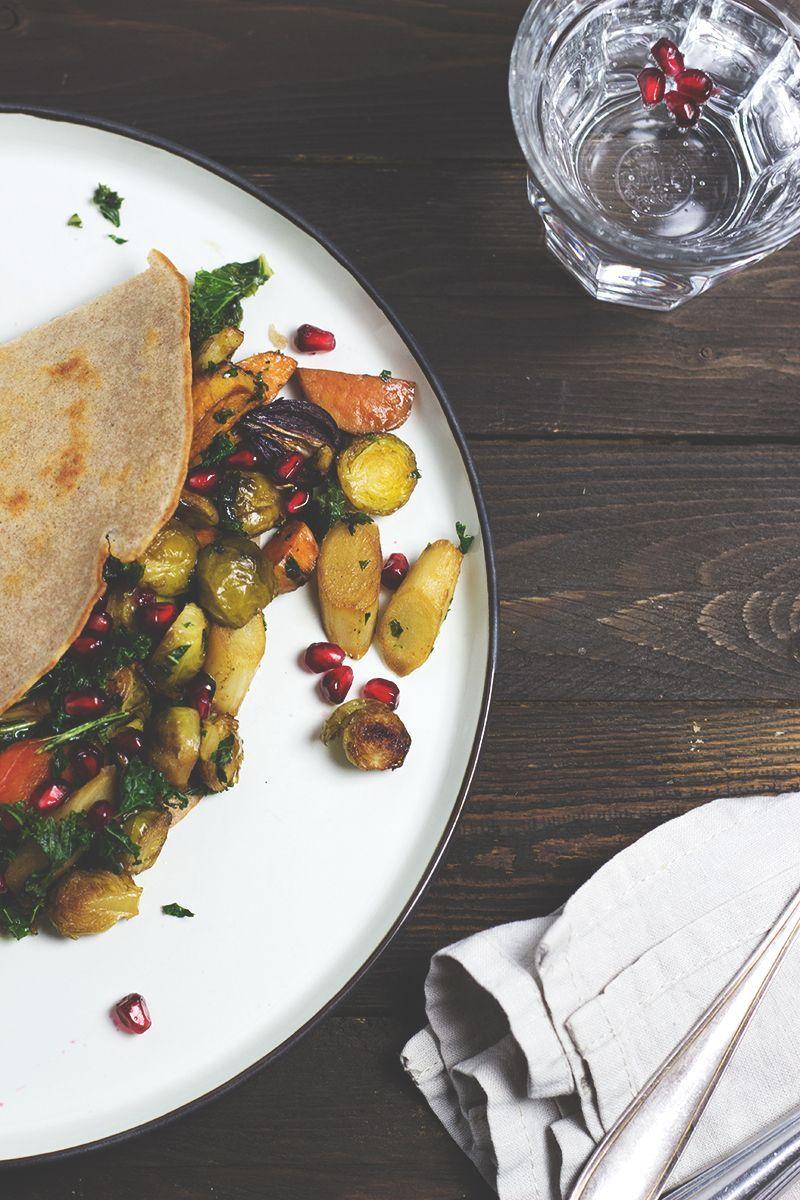 Rezept für Buchweizen-Pfannkuchen mit Ofengemüse, Wintergemüse aus dem Ofen. vegan und glutenfrei