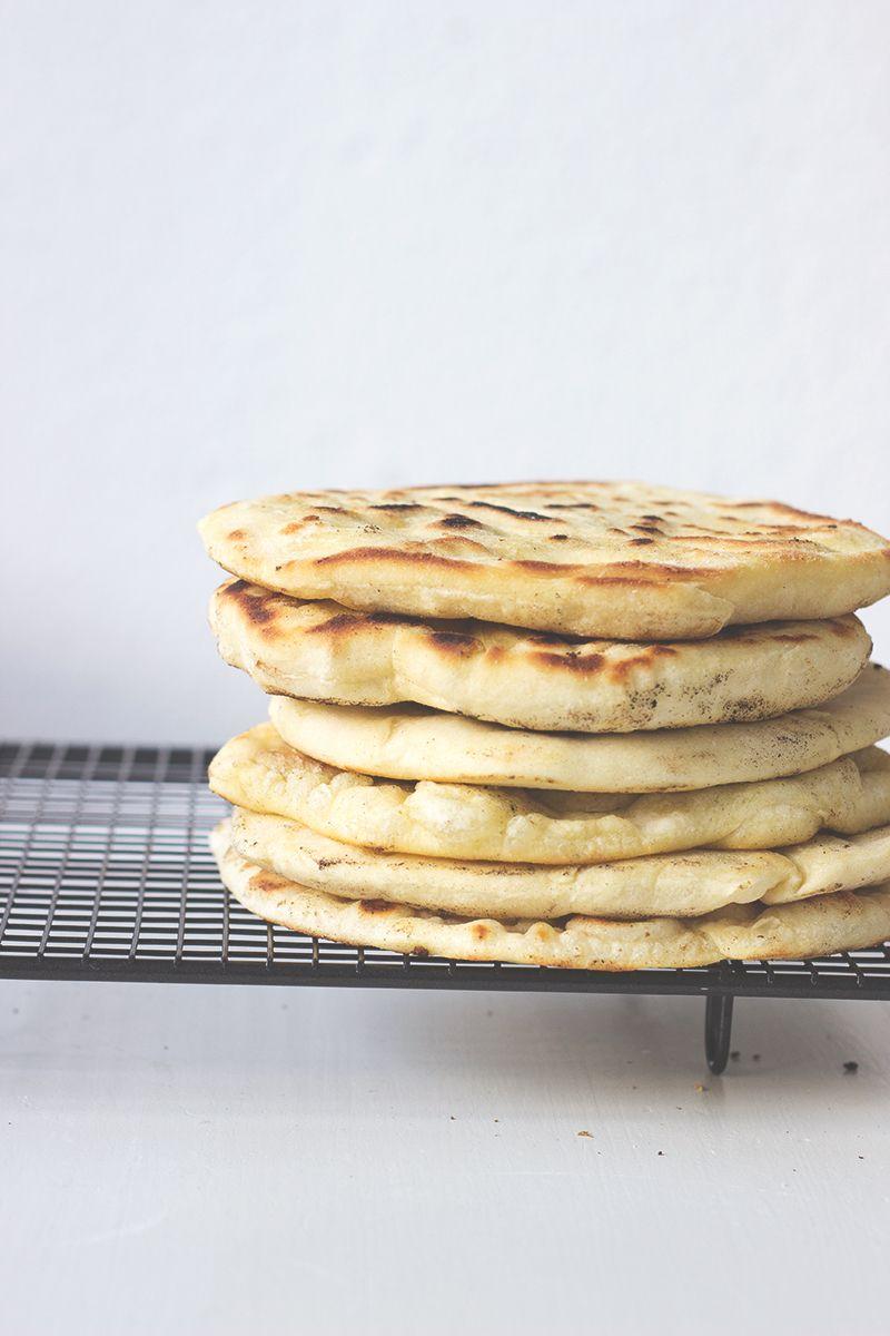 Pfannenfladenbrot vegan ohne Hefe in der Pfanne gebacken