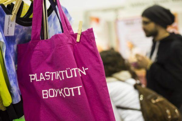 Stoffbeutel statt Plastiktüten für Zero Waste