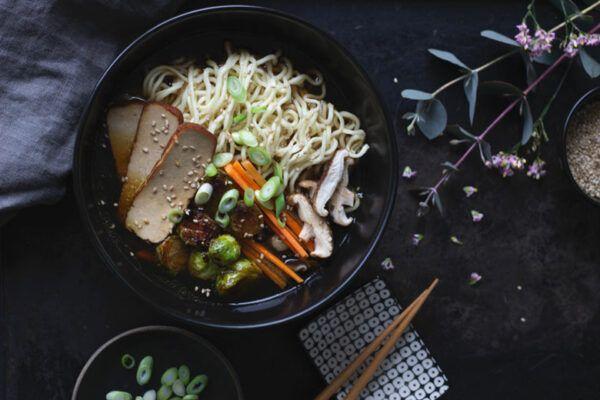Rezept für vegane Ramen, ganz einfach selbst gemacht